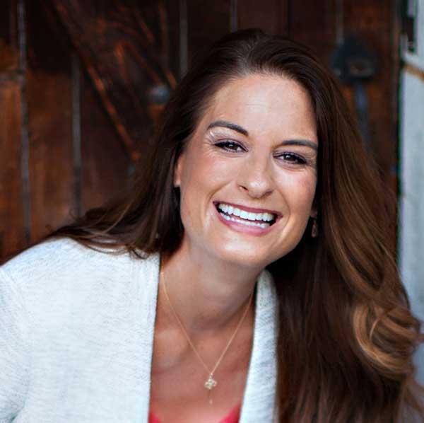Evelyn Arnott Profile Image